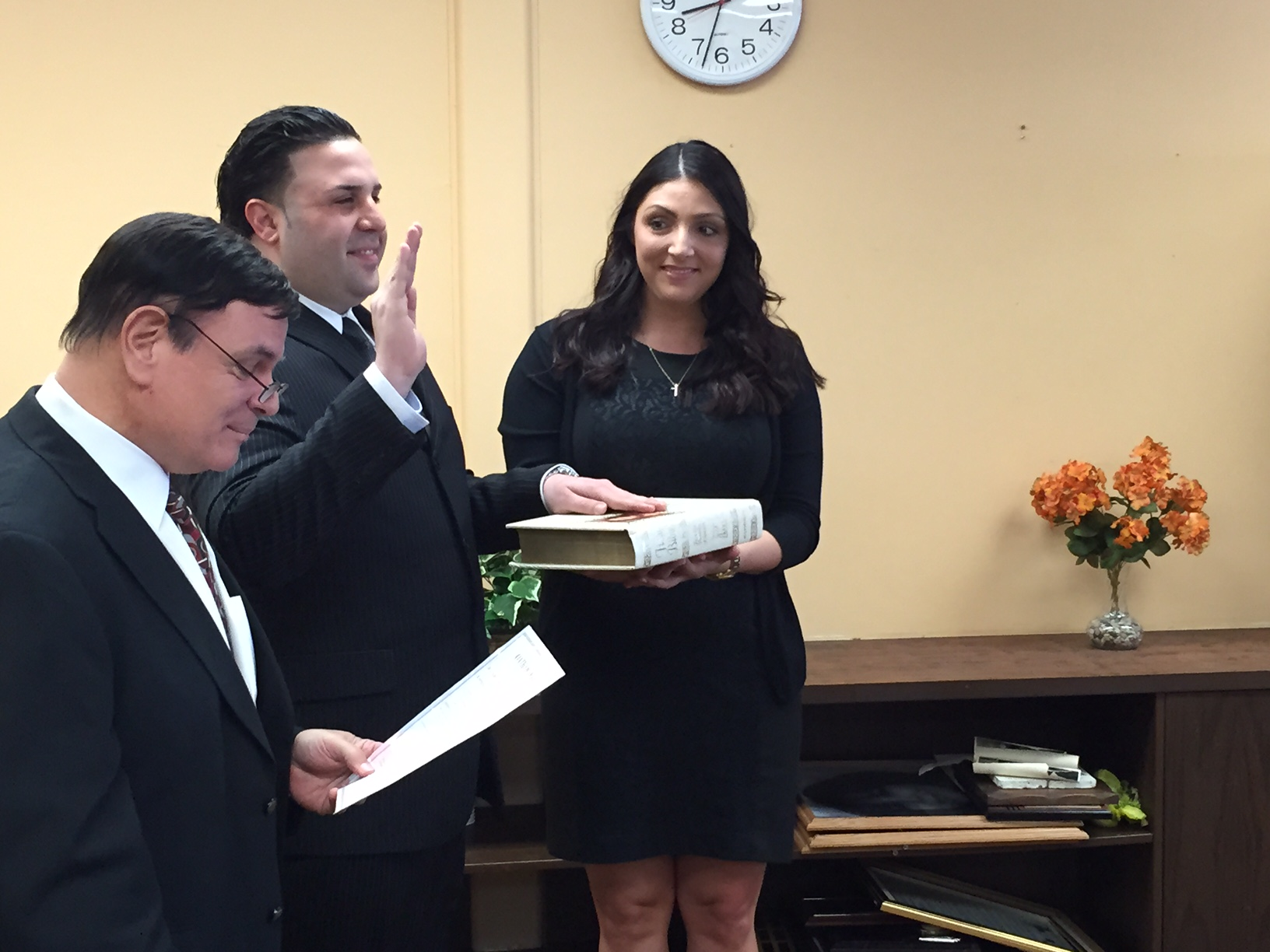 Mayor Masoupst swears in Officer Nobile